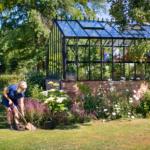 Hvordan gir du skygge til et solfylt drivhus?